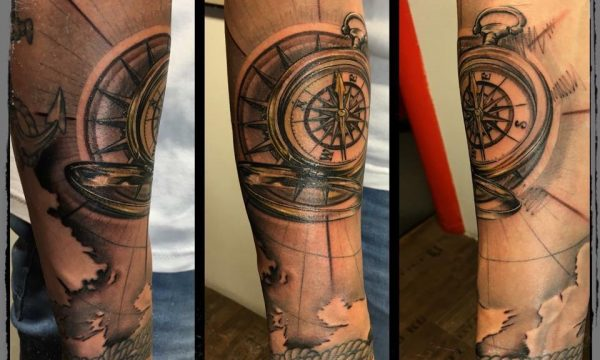 The Artistocrat Hamburg | Compass Tattoo by Ronny Kurth