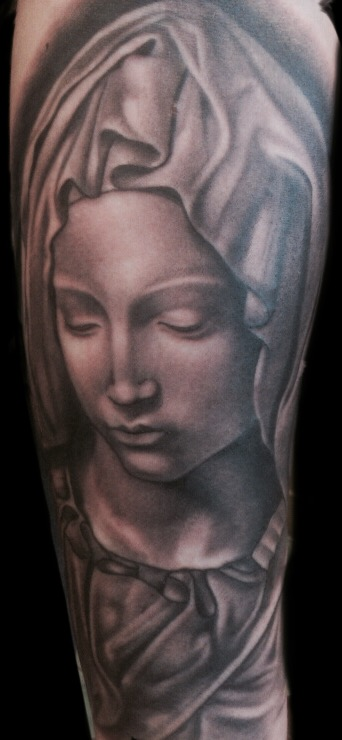 The Artistocrat Hamburg | Maria Tattoo by Zsolt Machat