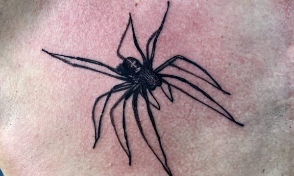 The Artistocrat Hamburg | Spider Tattoo by Oliver Moule